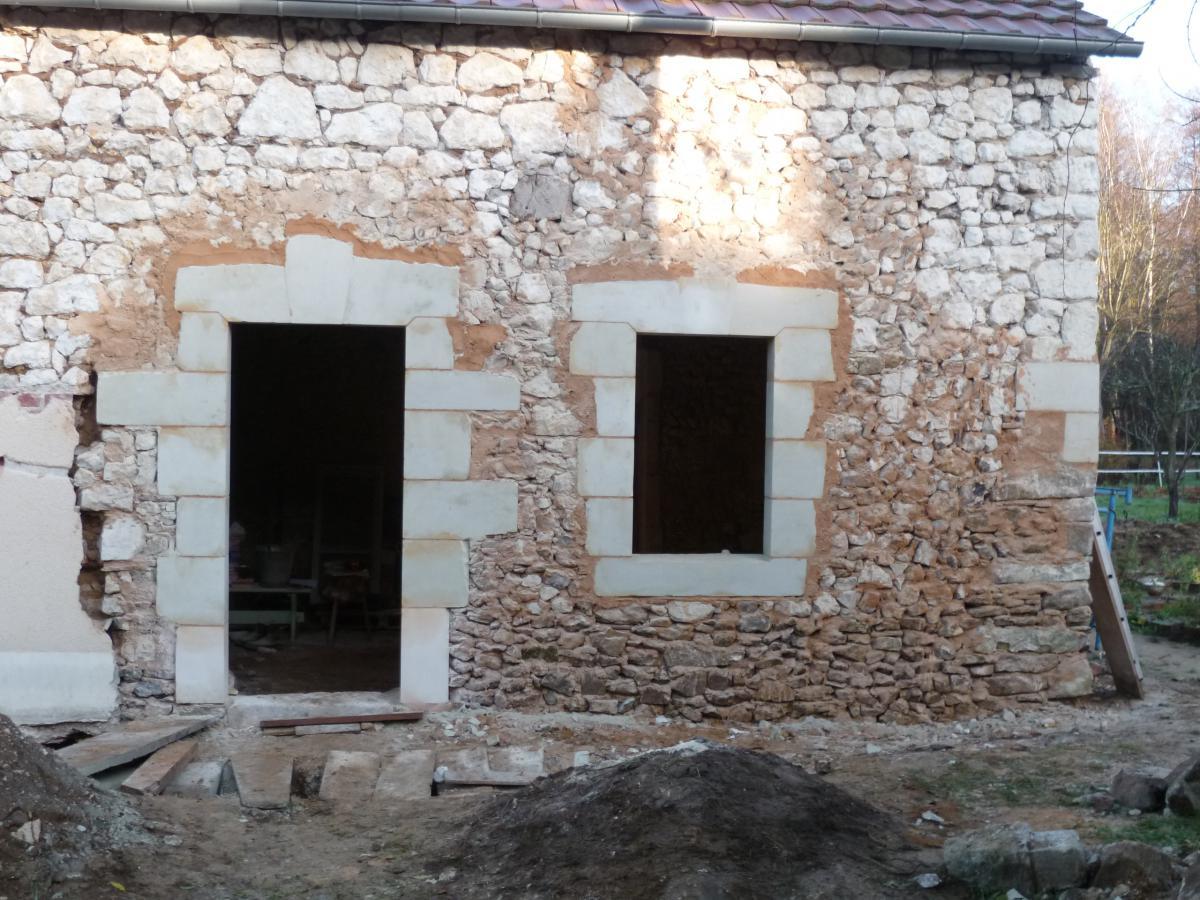 Restauration d 39 une fa ade pavillonn e la maison for Restauration facade maison